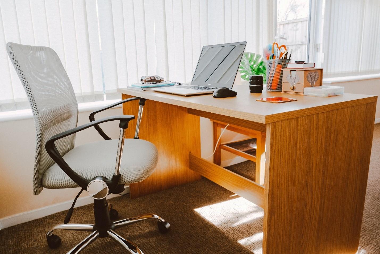 Офисные кресла в СПб